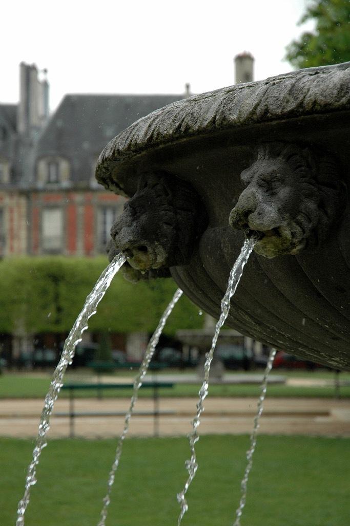 น้ำประปาปารีส