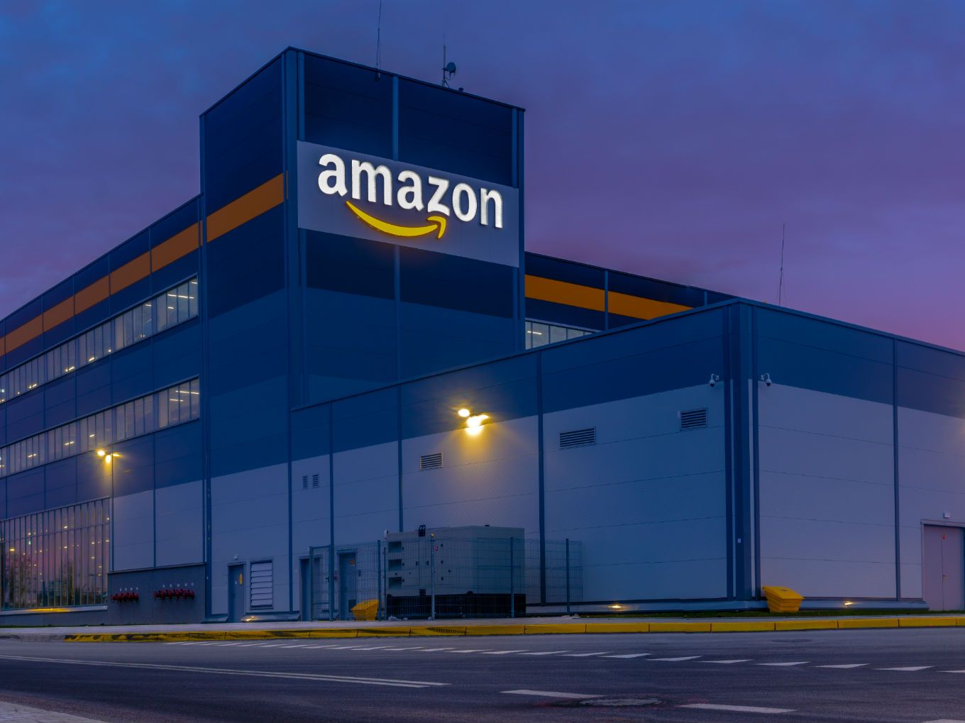 Automation May Claim 1,300 Jobs At Amazon Warehouses In The US: Report