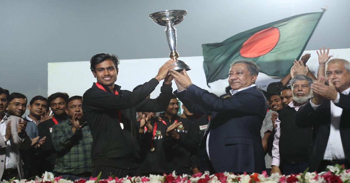 Grand reception of U-19 team ,  U-19 captain Akbar Ali ,  Bangladesh win ICC U-19 World championship ,  World champion U-19 cricketers ,  Sports ,  Bangladesh Cricket Board (BCB) ,  Bangladesh U-19 ,  Cricket