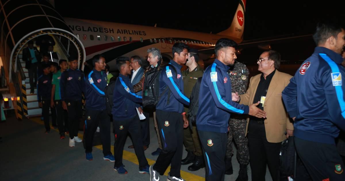 Cricket ,  Bangladesh Cricket Board (BCB) ,  Pakistan ,  Pakistan Cricket Board (PCB) ,  Bangladesh national cricket team ,  Lahore ,  Pearl-Continental Hotel ,  Hazrat Shahjalal International Airport ,  T20 International series