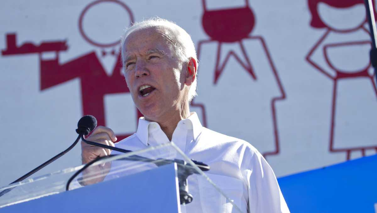 Biden rallies union for Democrats in tight Nevada races