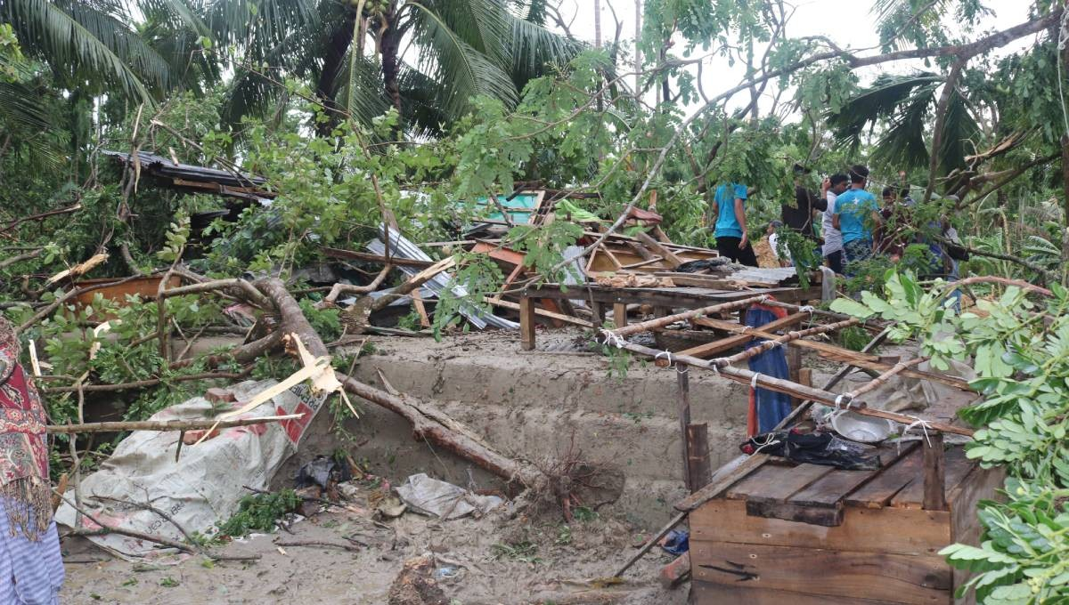 'Fani' weakens into land deep depression