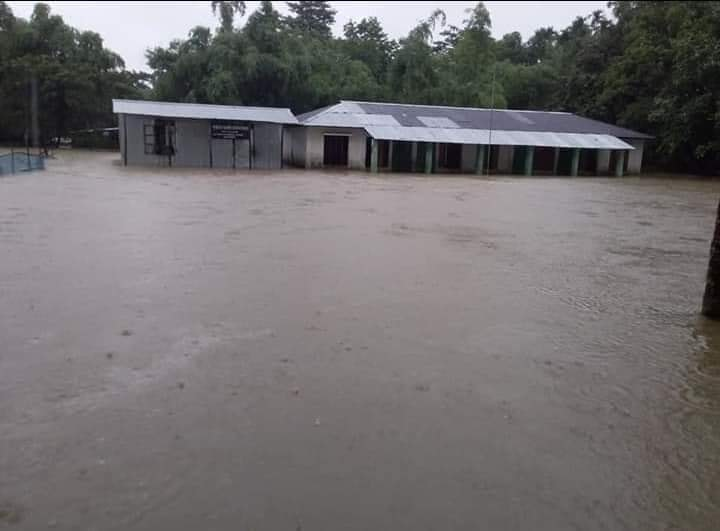 30 schools shut in Sunamganj for flashflood