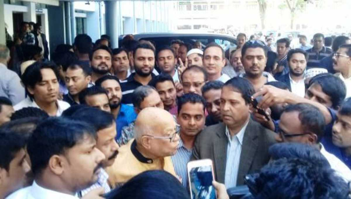 Congenial election atmosphere prevails in country: Muhith