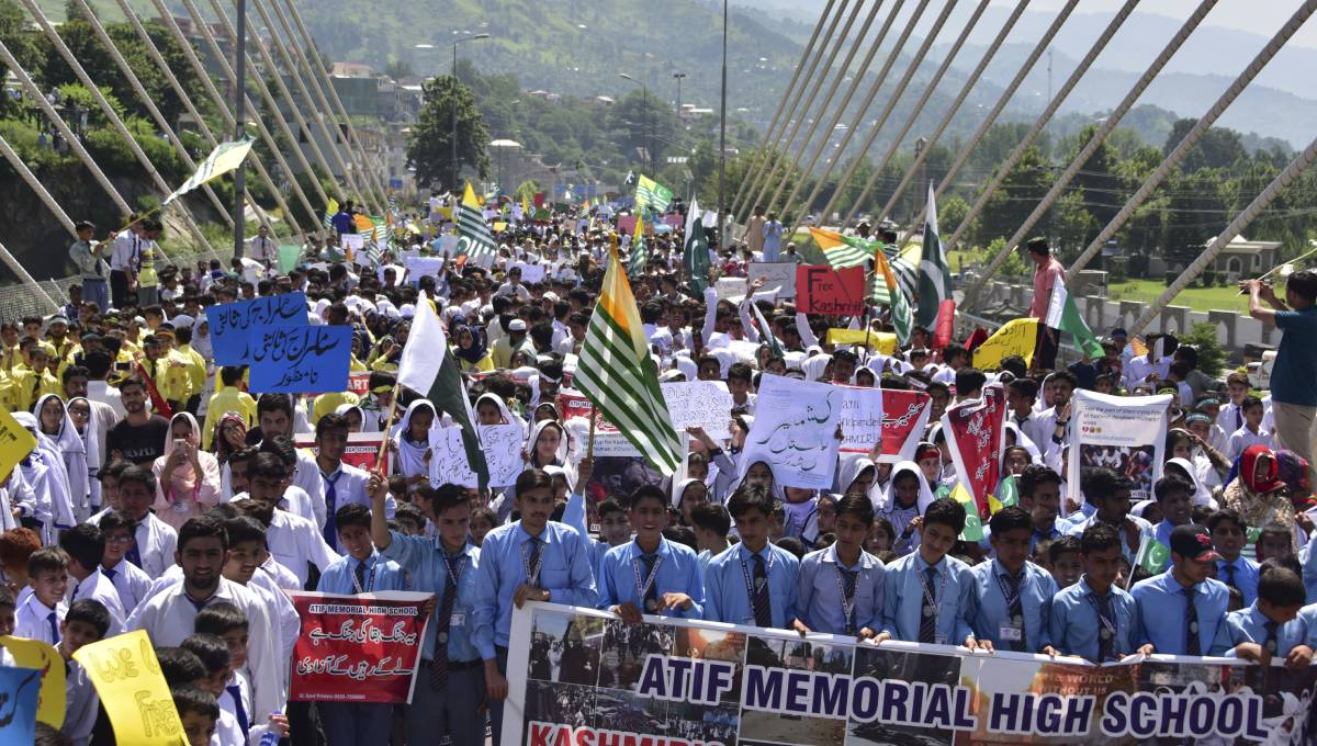 Students rally in Pakistan-held Kashmir against India