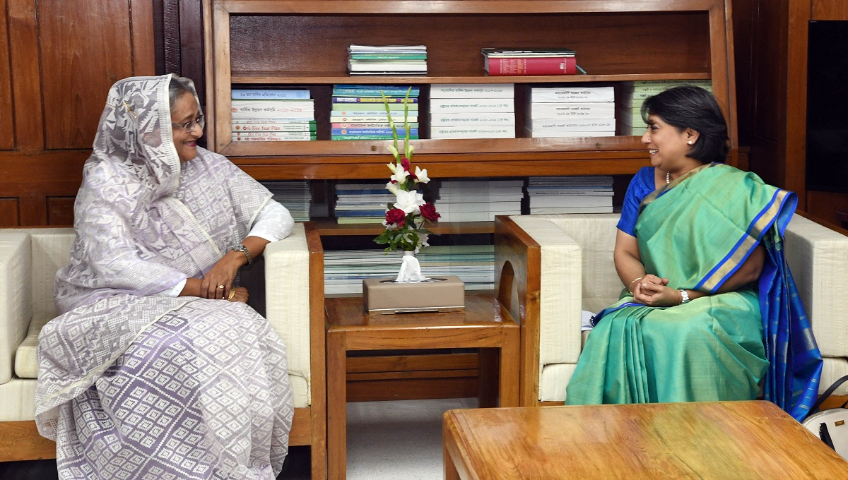 India with Bangladesh over Rohingya issue, its envoy tells PM