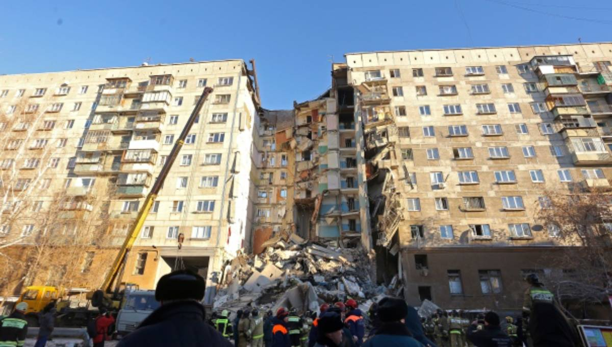 At least two die in Russia's high rise apartment collapse, say reports