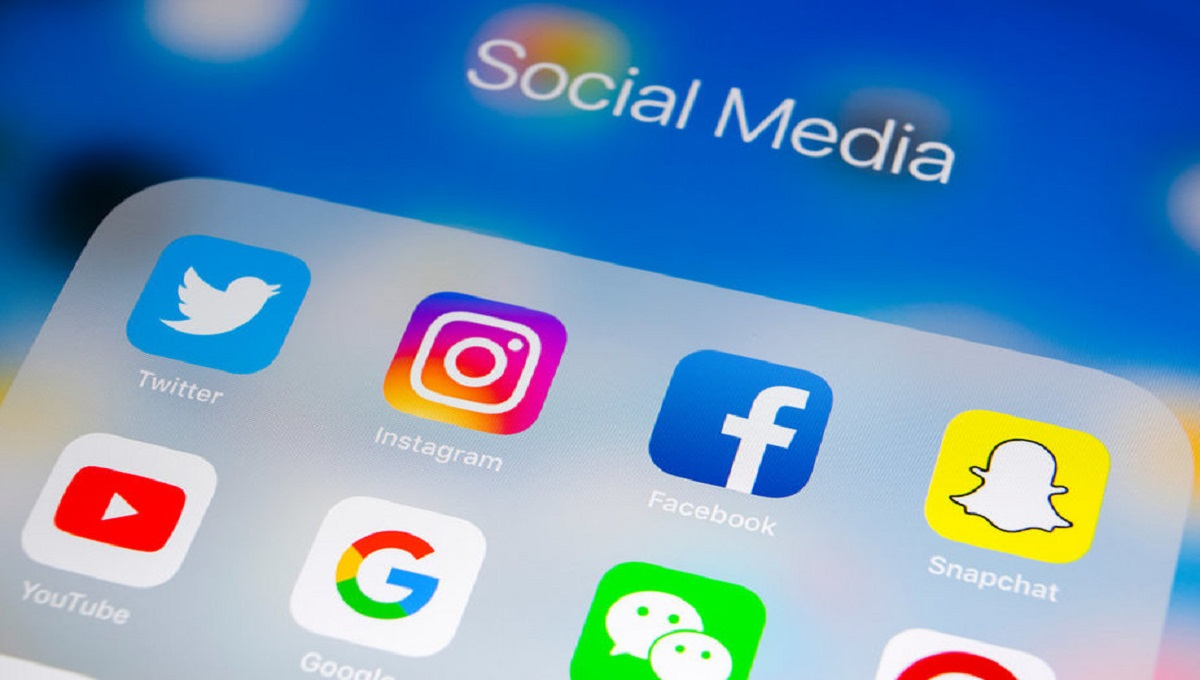 A set of directives for judicial officials for using social media