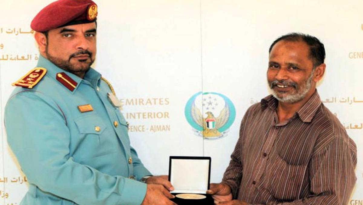 Bangladeshi honoured for heroism in UAE