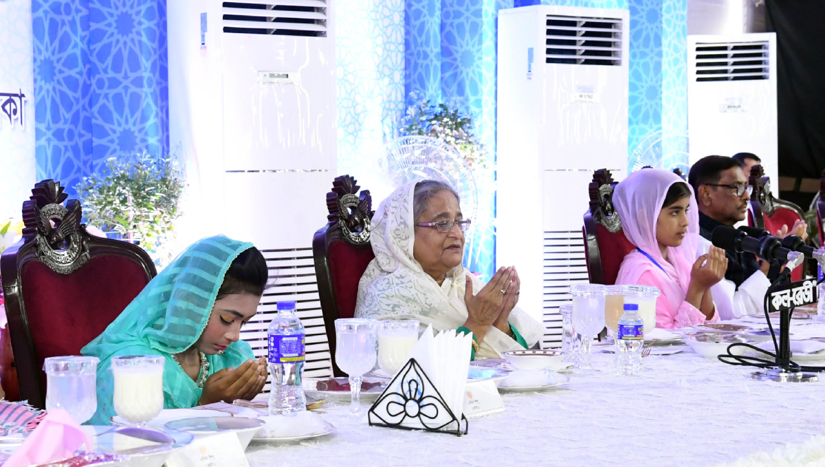 PM seeks cooperation of all in making Bangladesh prosperous