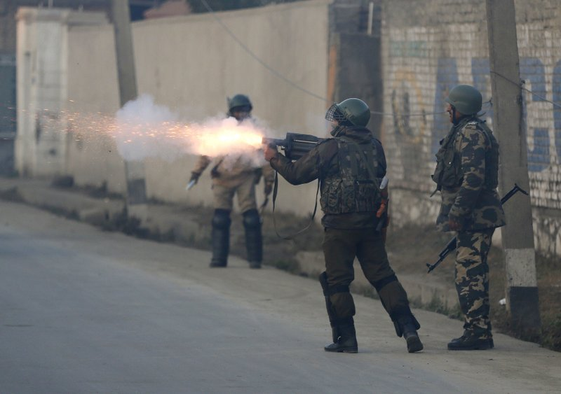 Police: 4 combatants, 1 civilian killed in Kashmir fighting