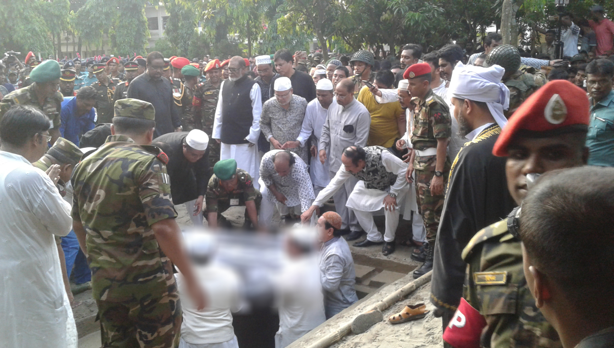 Ershad finally laid to rest at his Rangpur Polli Nibash