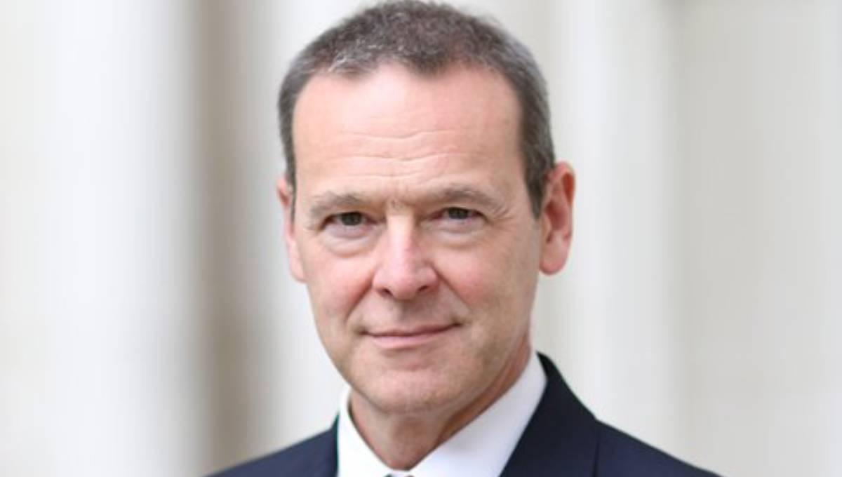 British PUS Sir Simon McDonald in city