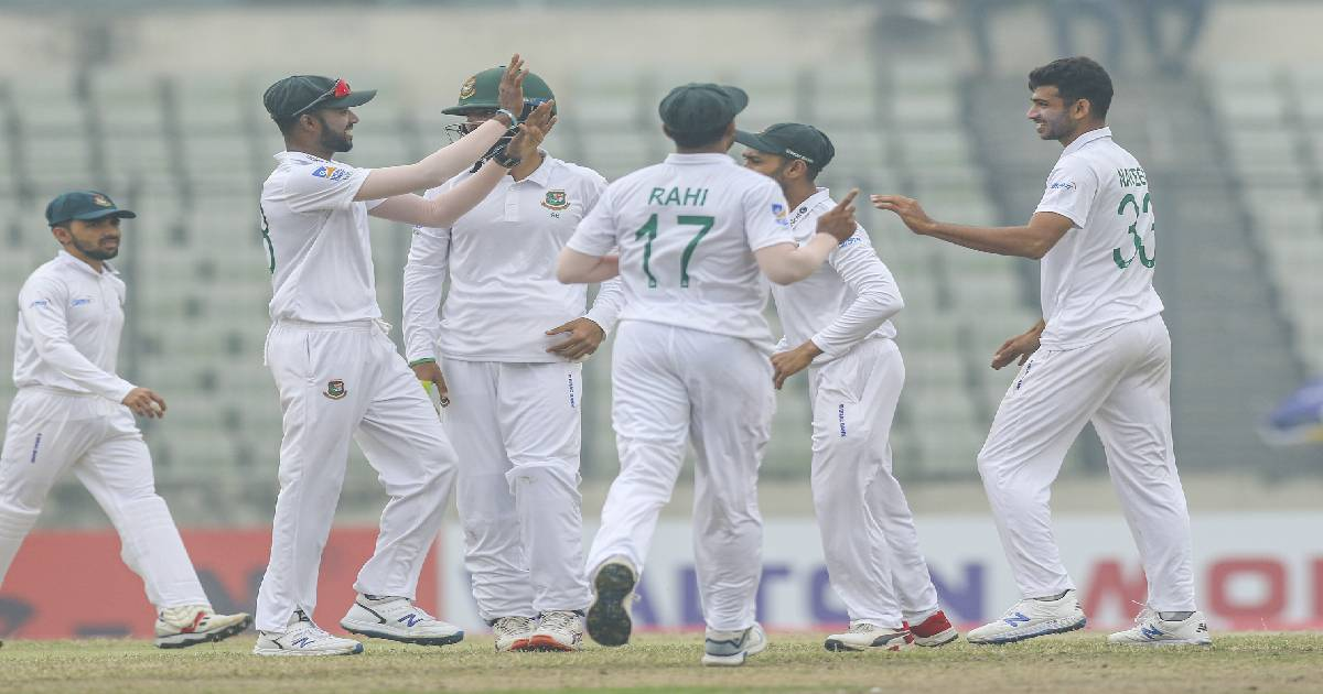 Dhaka Test against Zimbabwe ,  Sher-e-Bangla National Cricket Stadium ,  Bangladesh Cricket Team