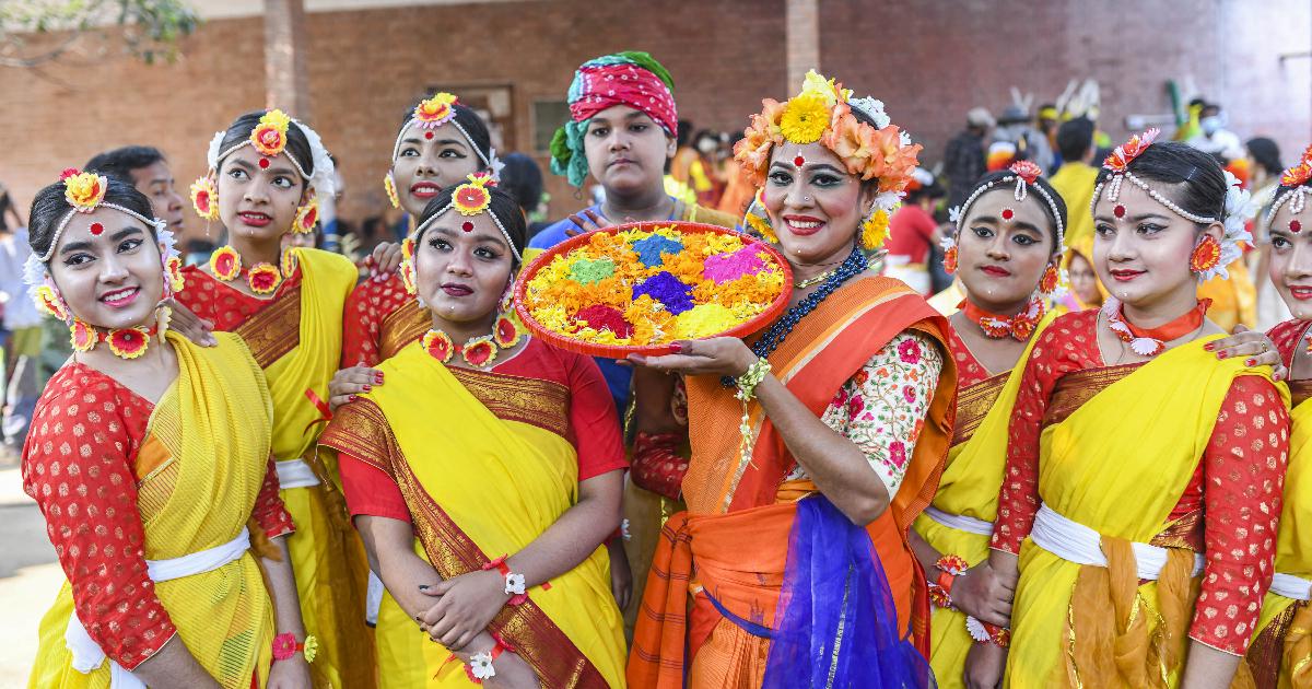 festive look ,  celebrate ,  Pahela Falgun ,  Valentine's Day ,  Dhaka