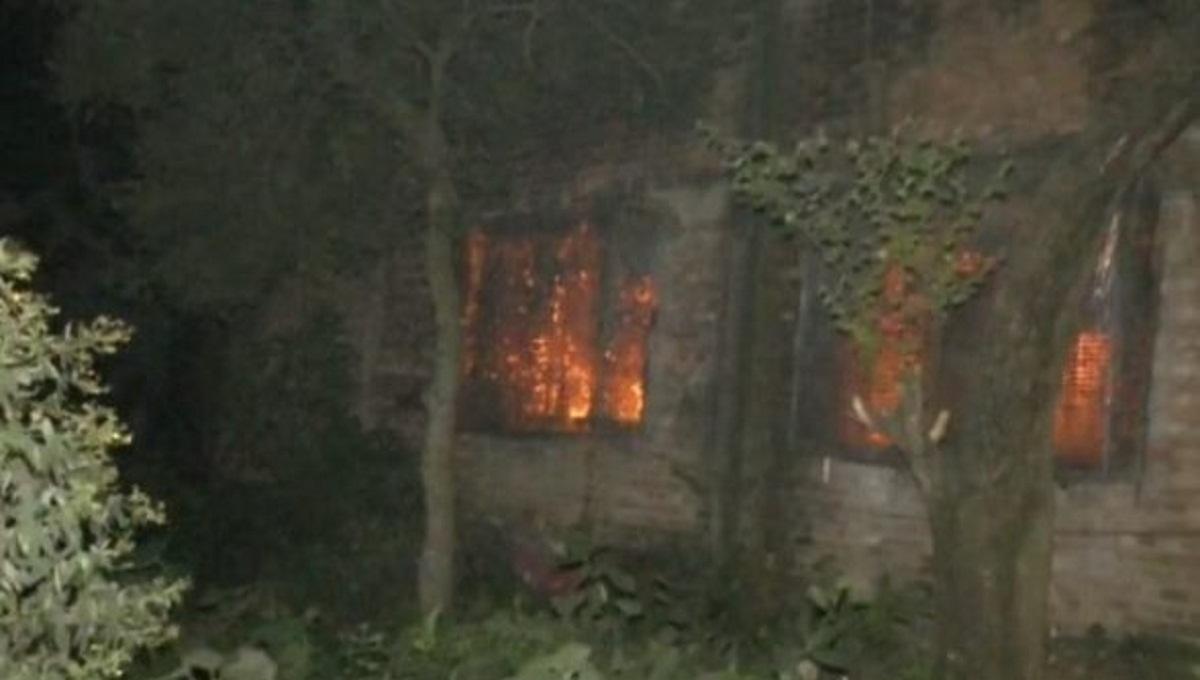 Fire burns down Ashulia thread factory