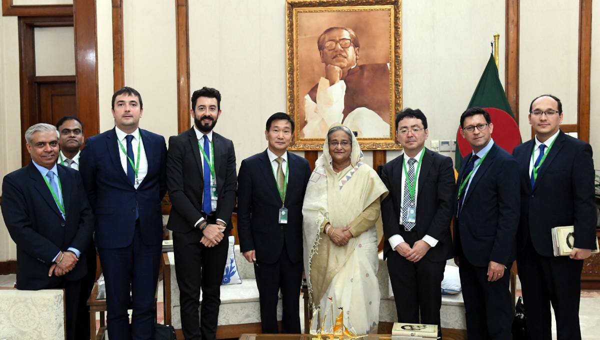 Rohingyas' early return better for Bangladesh, PM tells ADB team