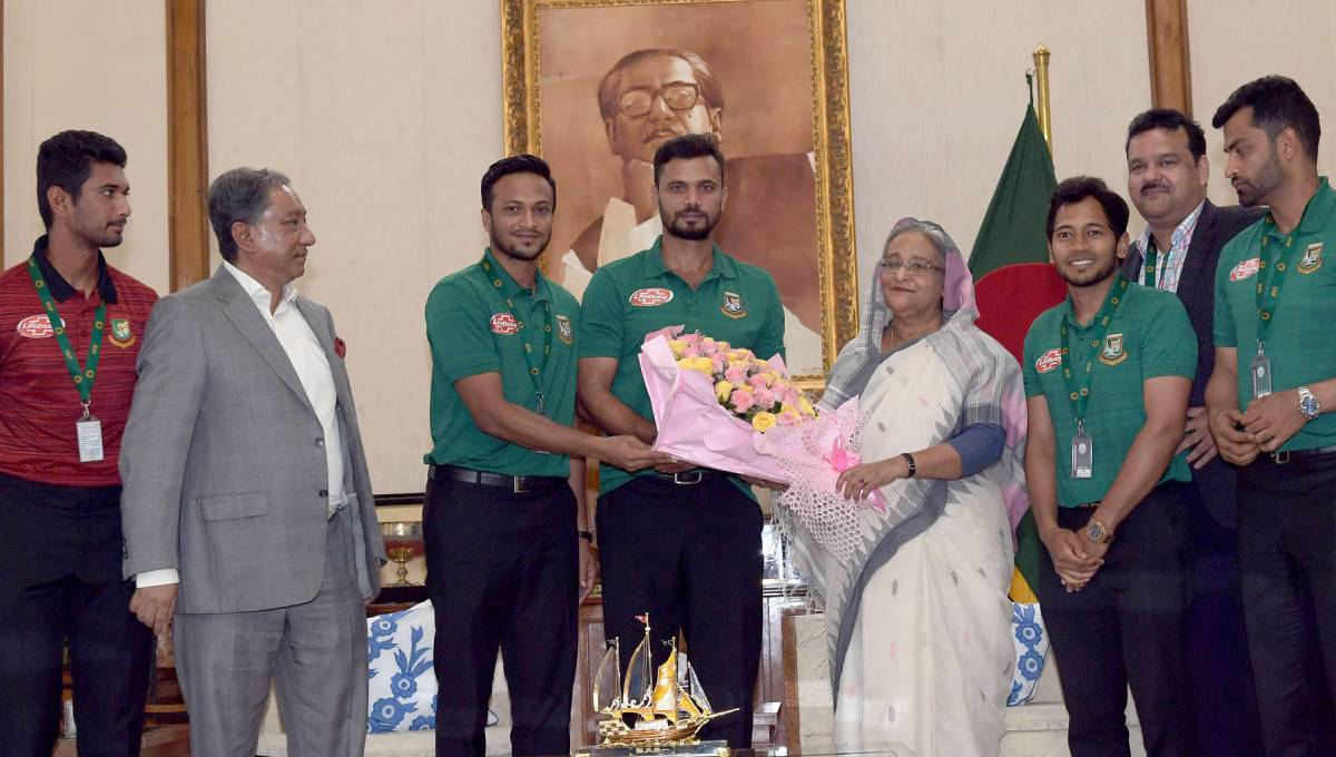 Play with confidence: PM to Tigers