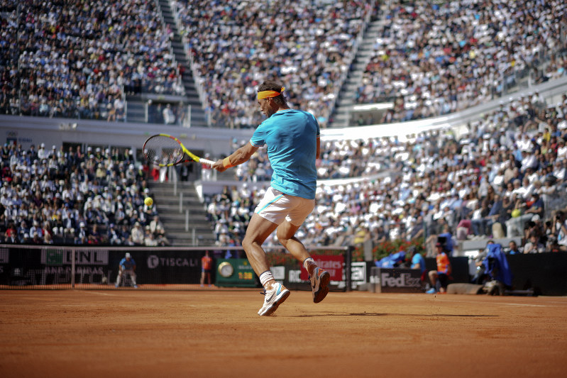 Nadal, Djokovic advance; Federer and Osaka withdraw injured
