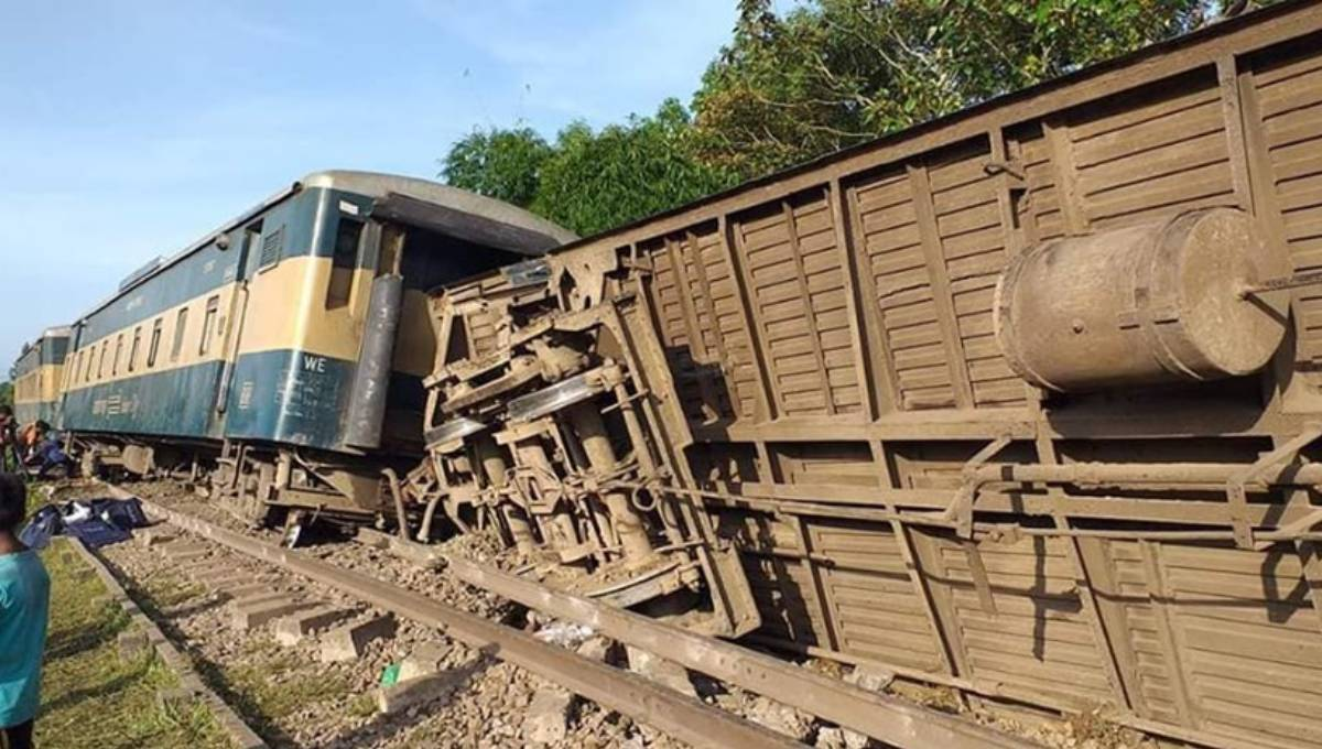 Death toll from Moulvibazar train crash rises to 5