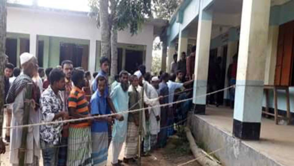 Voting in 5th phase upazila election underway