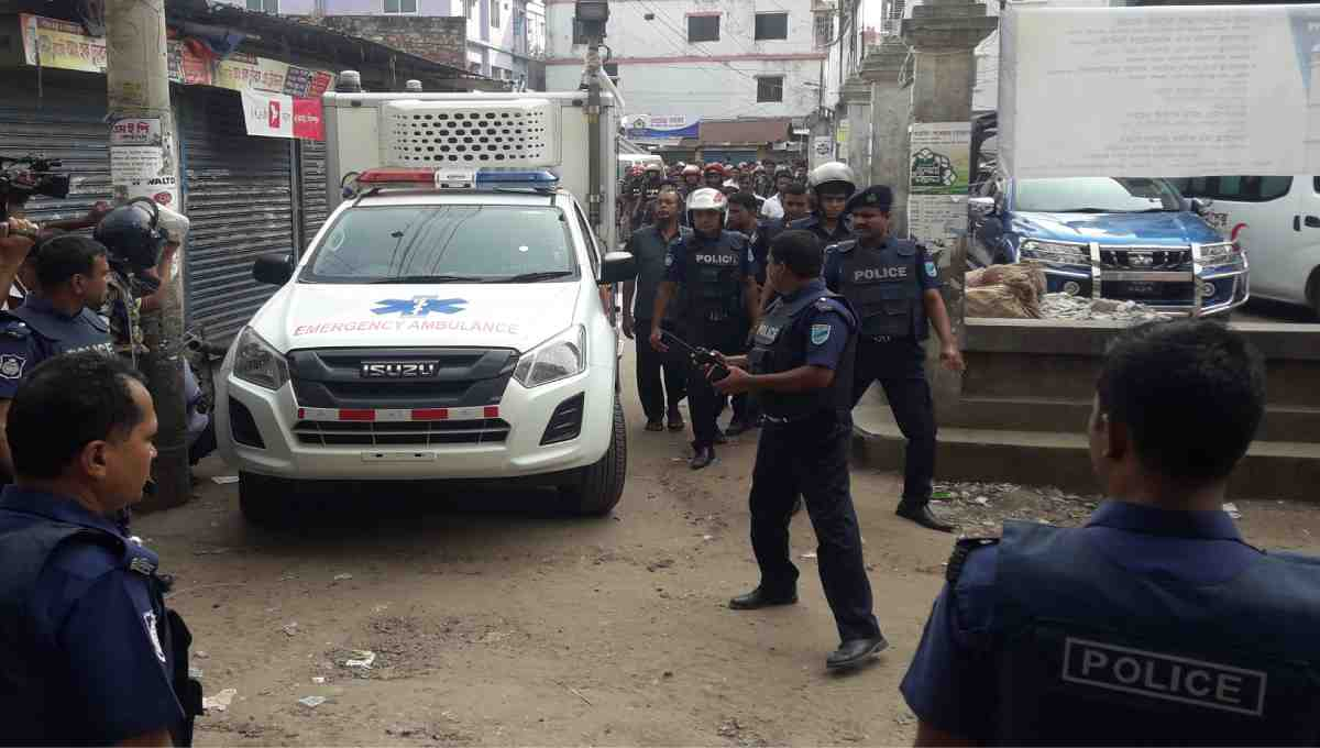 2 female 'militants' surrender in Narsingdi; operation ends