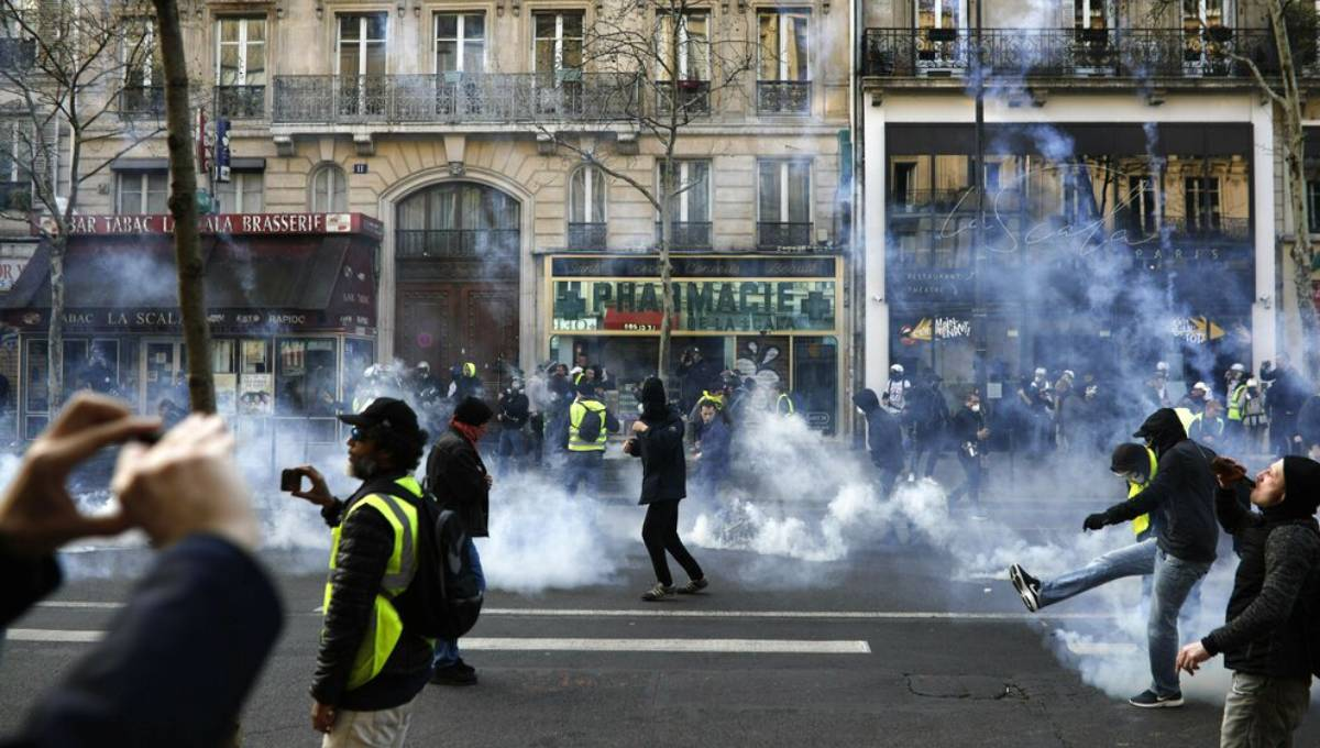 French yellow vest protests in Paris avoid last week's riots