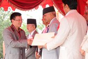 Sagar Gurung of ICA receiving Vidhya Bhusan from President of Nepal