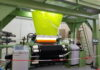 Kiswah dibuat di pabrik berteknologi tinggi