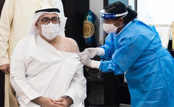 COVID-19 – Menteri Kesehatan UEA dapat suntikan dosis pertama vaksin