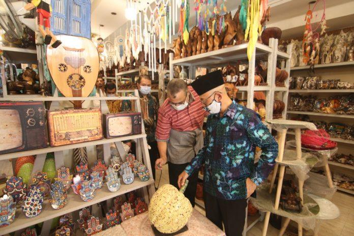 Kerajinan tangan Indonesia tarik pasar wisatawan di Mesir