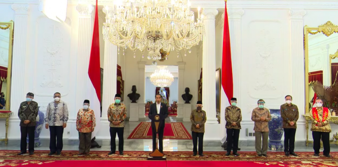 Indonesian president condemns Macron's remarks against Islam
