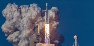 Rusia luncurkan roket dengan muatan yang dapat digunakan kembali pada 2026