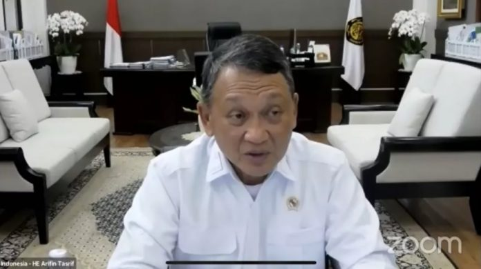 Indonesia enhances commitment to using clean energy to reduce CO2 emissions