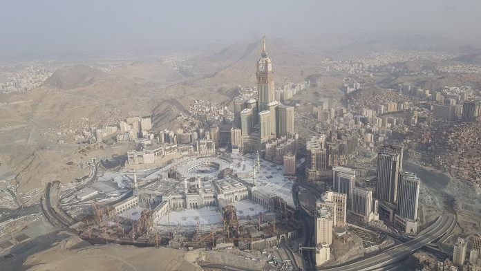 Presidency of two holy mosques to plant trees in Grand Mosque courtyards