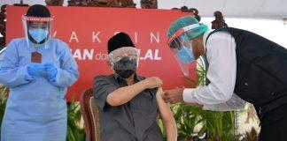 COVID-19 – Indonesian VP receives first dose of CoronaVac vaccine