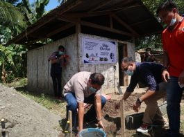 Indonesians donate to build mosque in the Philippines' Katubao