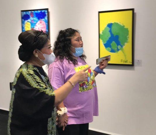 Raysha, gadis autis galang dana dari pameran lukisan untuk keluarga pra sejahtera