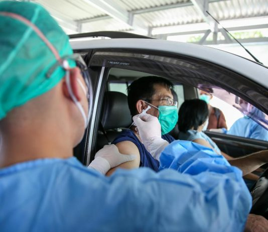 COVID-19 – Over 2.4 mln Indonesians receive first doses of vaccine