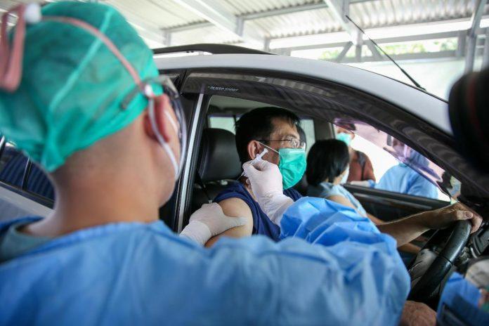 COVID-19 – Lebih 2,4 juta penduduk Indonesia terima dosis pertama vaksin