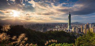Taiwan izinkan pelancong bisnis China masuk setelah larangan satu tahun