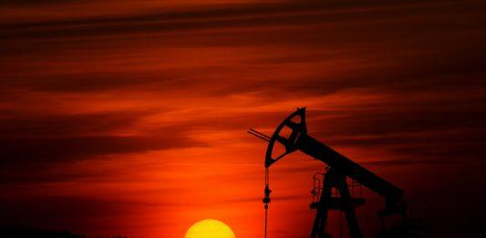 Indonesian crude oil in March rises to 63.50 USD per barrel