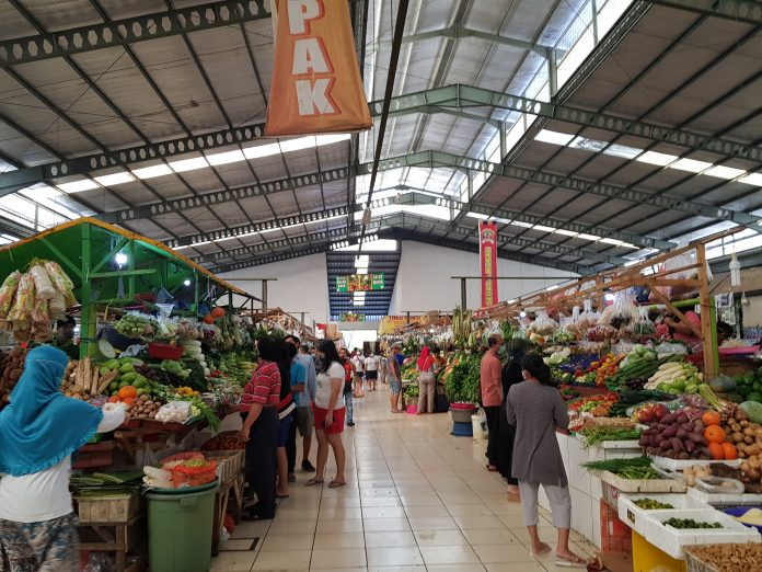 Indeks keyakinan konsumen Indonesia pada Mei meningkat jadi 104,4