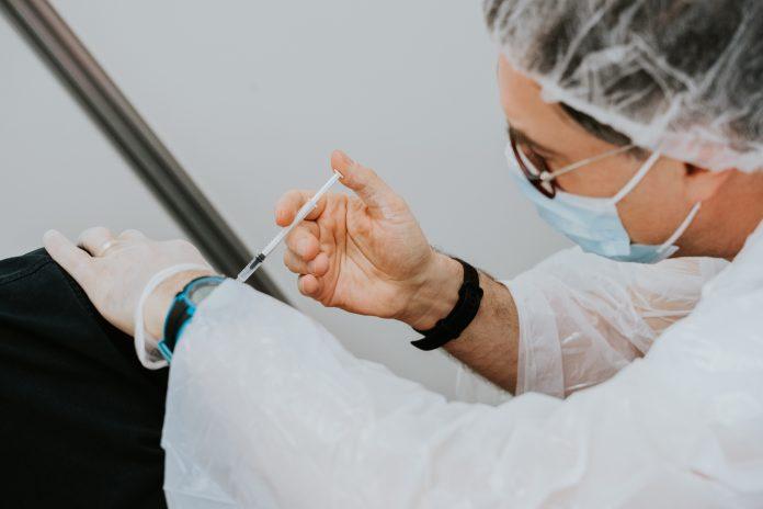 COVID-19 – Arab Saudi izinkan Pfizer untuk vaksinasi anak usia 12-18 tahun