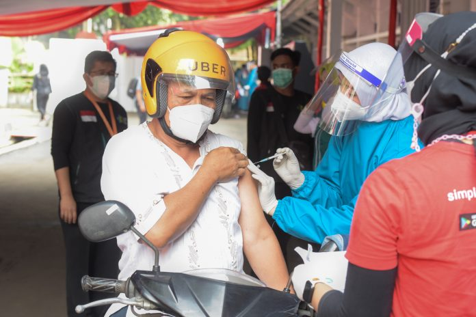 COVID-19 – 14.44 mln Indonesians have received full doses of vaccines