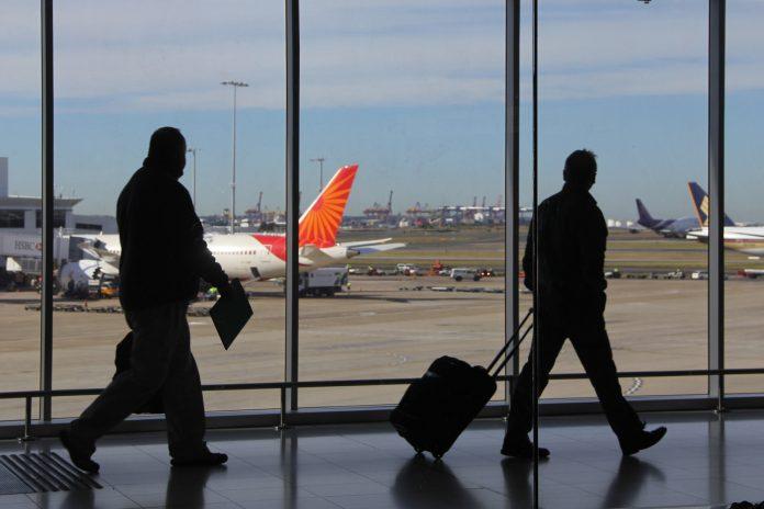 Saudi izinkan masuk ekspatriat yang divaksinasi penuh dari negara-negara yang dilarang