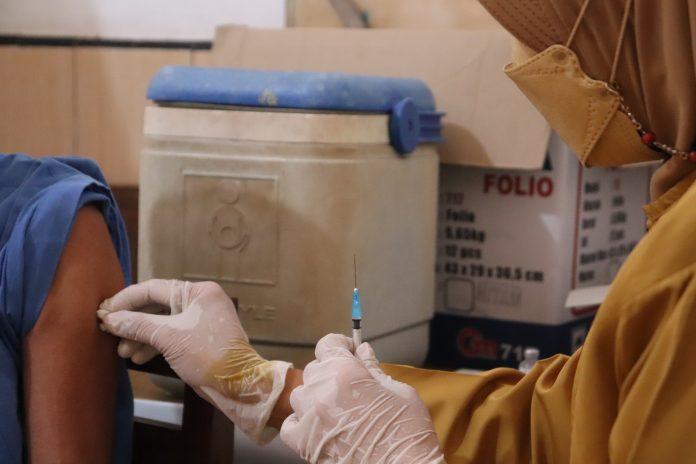 COVID-19 – Lebih 42,9 juta warga sudah dapat vaksin lengkap