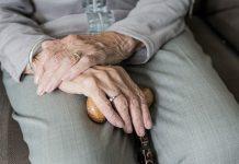 Jumlah warga lansia di Indonesia bertambah 1,2 juta dalam setahun