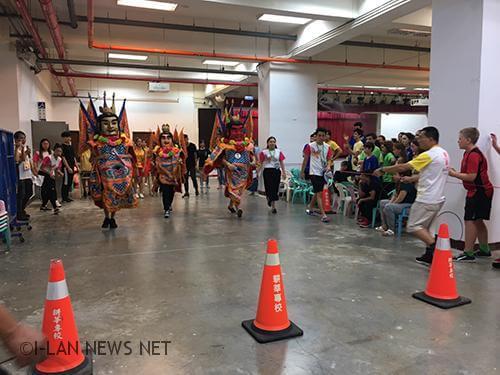 趣味的電音三太子比賽,充分表現出傳統台灣味