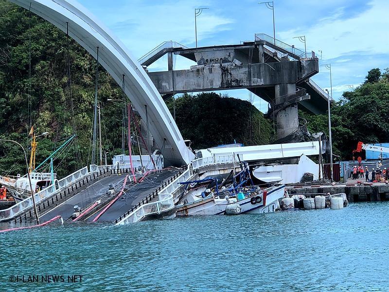 南方澳斷橋阻航道 7、8百漁船將無法出海作業!
